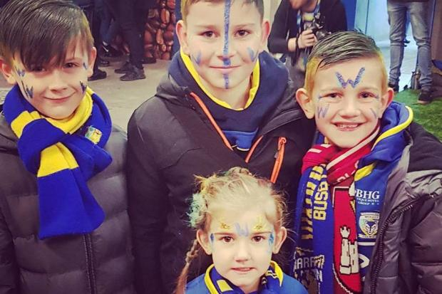 Warrington Wolves fans