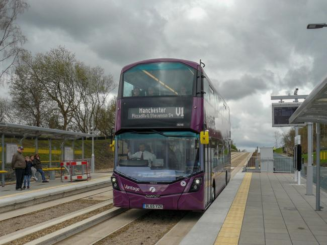 The guided busway in Leigh