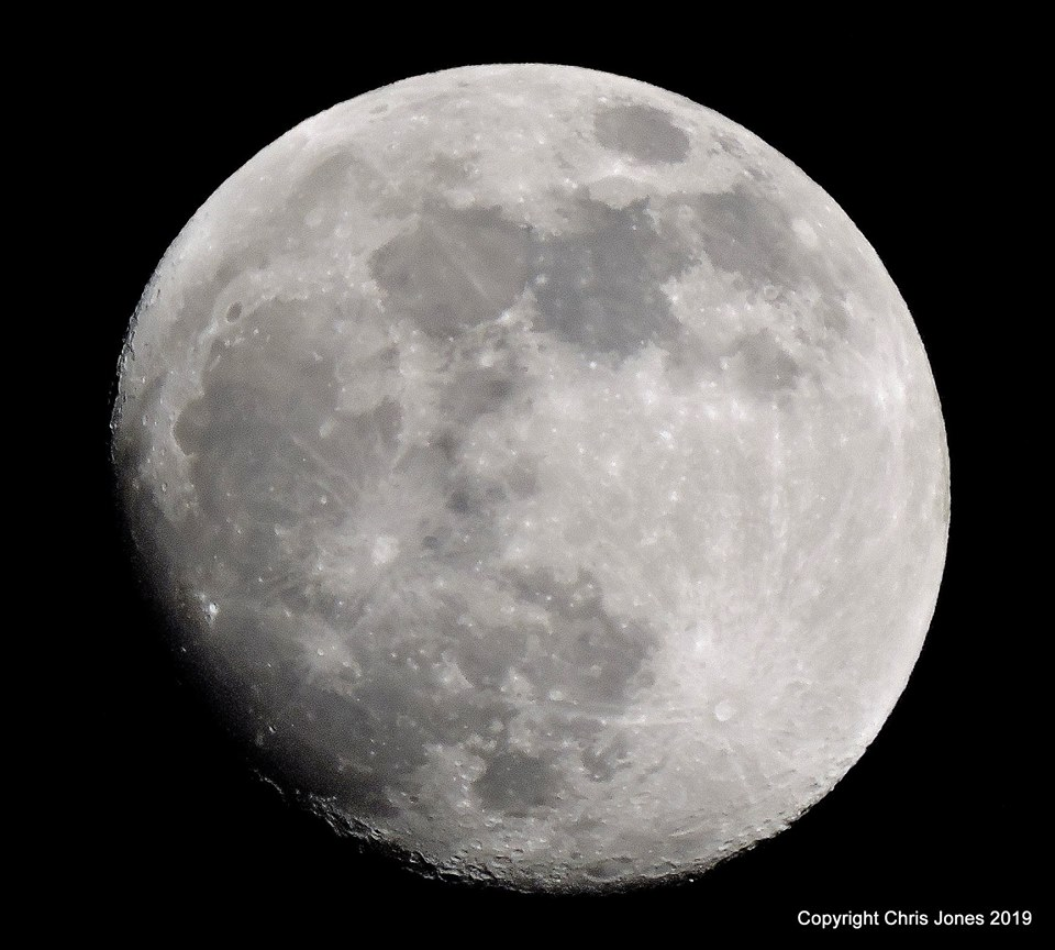 Tonight's Supermoon will be the 'biggest and brightest' of the year