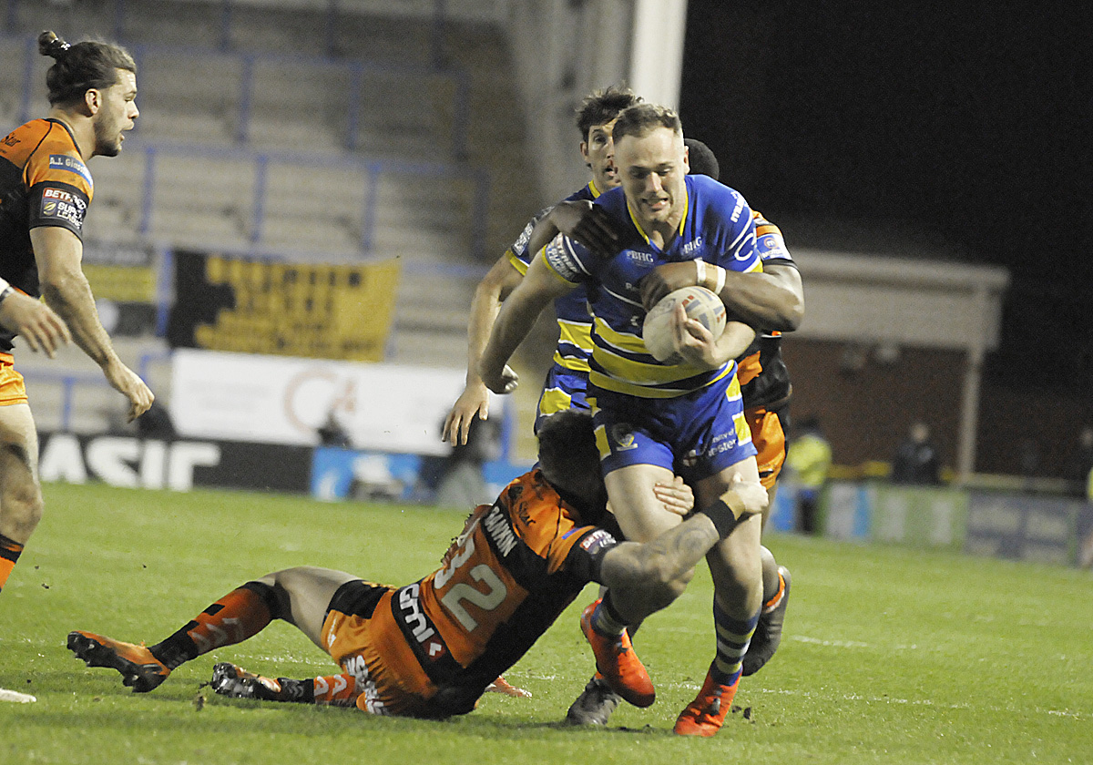 Ben Currie made a surprise return from injury against Castleford last night. Picture by Mike Boden