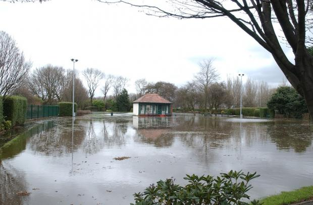 Flooding in Victoria Park in 2006