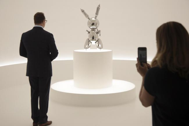 Auction Jeff Koons