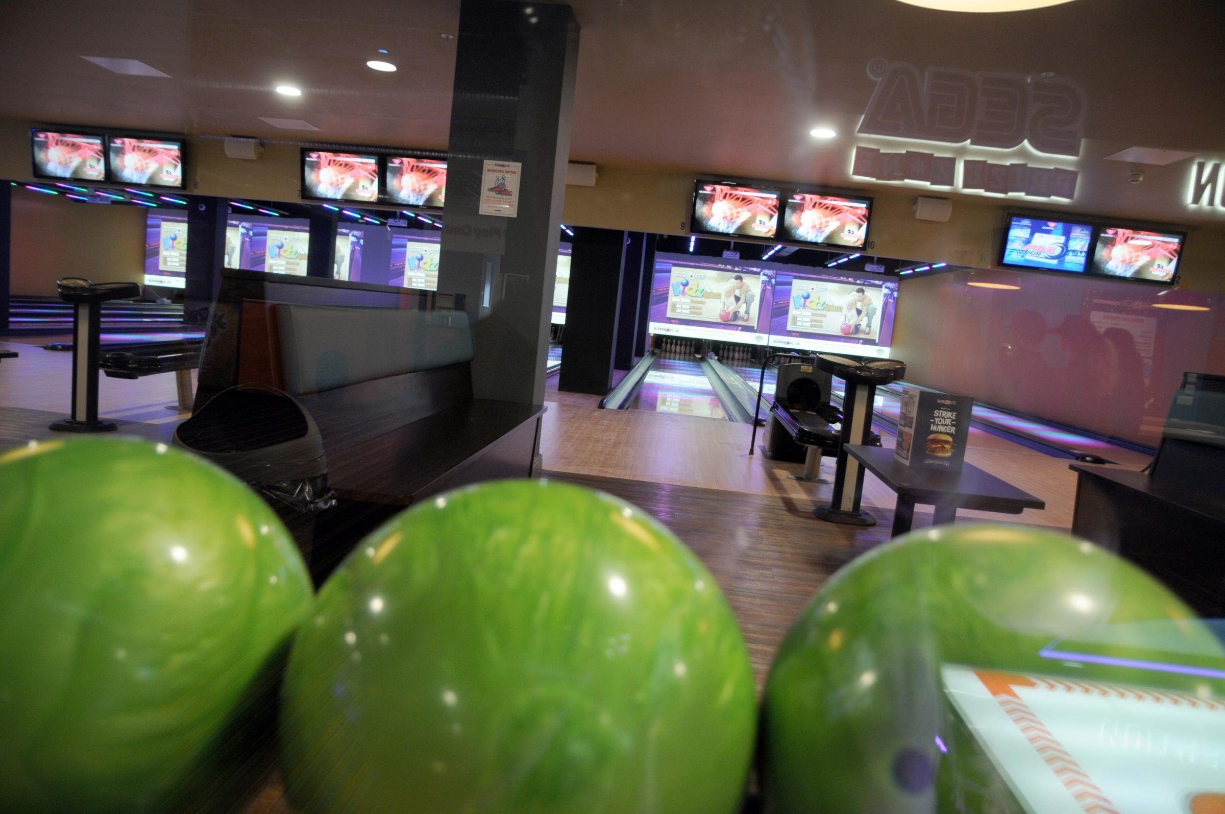 Your guide to Superbowl, the new Golden Square bowling alley