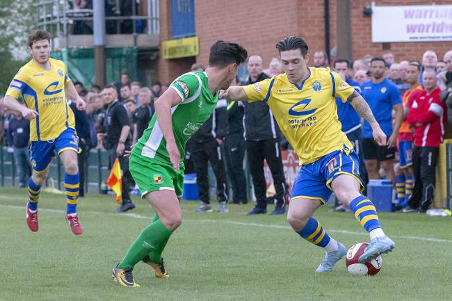 Jack Dunn in action for Yellows. Picture by John Hopkins